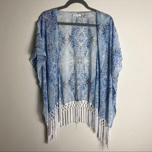 White and blue kimono style top